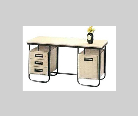 Steel Tables in Chennai